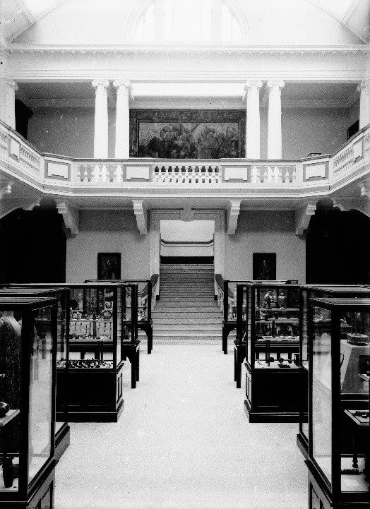 The Main Gallery of the Royal Cornwall Museum in 1919.